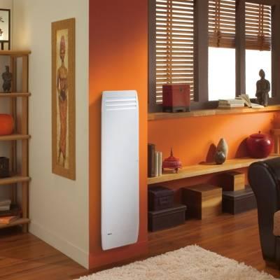 Radiateur à chaleur douce Actifonte vertical  connecté avec Netatmo Noirot